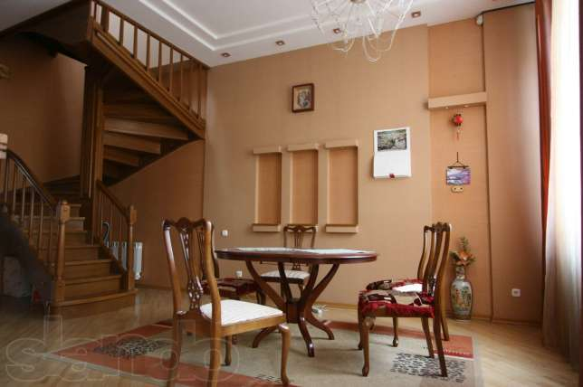 How much is four-room apartment Vercelli